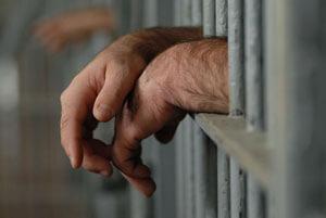 Безработица и алкоголь - основные причины преступности в Сибири