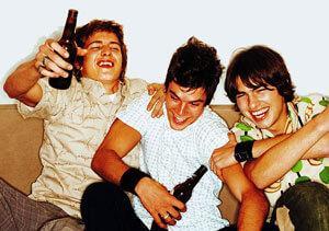 В Великобритании интернет-игра толкает молодежь к алкоголизму