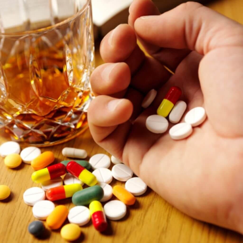 Лекарства для вывода из запоя в домашних условиях