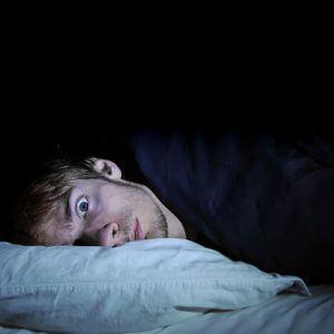 Как побороть бессонницу и уснуть после запоя