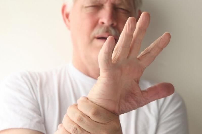 Картинки по запросу О чем сигнализируют трясущиеся руки