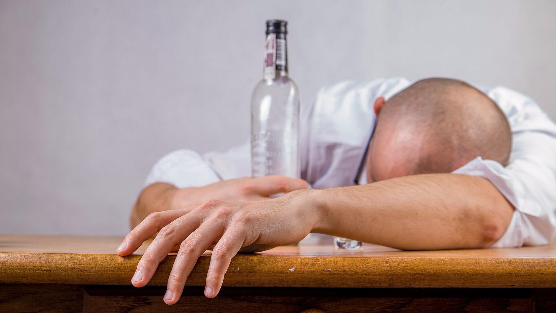 Как бороться с алкоголизмом мужа в домашних условиях