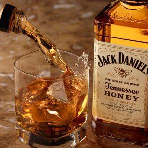 Алкогольная элита: 5 самых продаваемых напитков