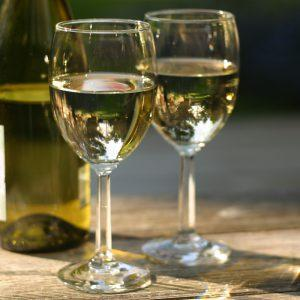 Полусладкое вино