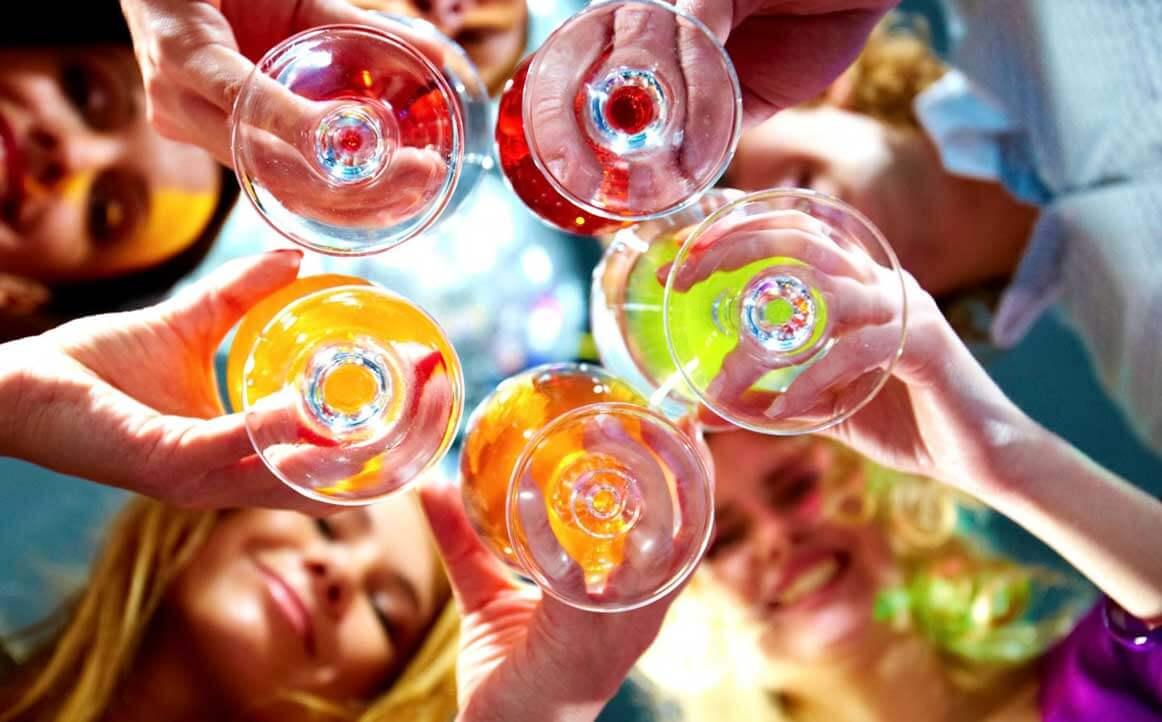 алкогольные напитки и алкоголизм