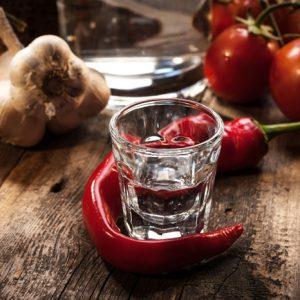 Можно ли вылечить кашель и простуду водкой с перцем?
