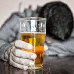 Лечение пивного алкоголизма народными средствами