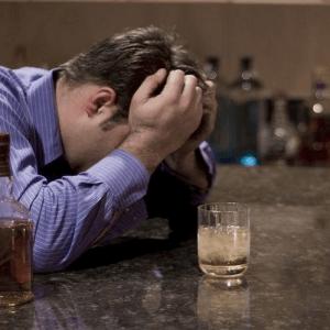 Почему люди уходят в запой