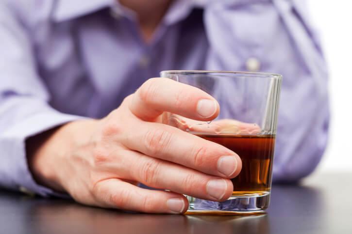 Еженедельное употребление алкоголизма кодирование от алкоголизма или укол
