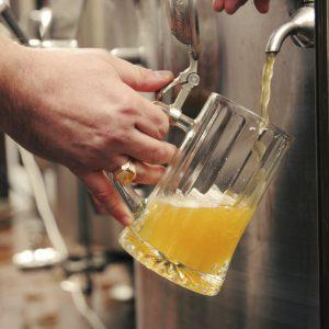 Чем опасно просроченное пиво?