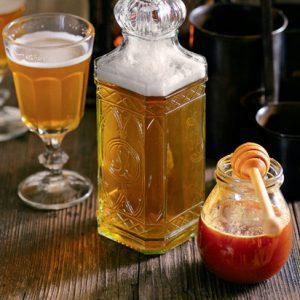 Медовуха – хмельной напиток из древней Руси