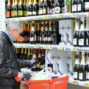 Подвох цены: опасность дешевого алкоголя
