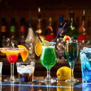 Рейтинг популярных коктейлей на основе алкоголя