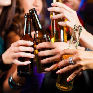 Употребление пива в общественном месте